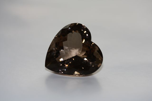 Smoky quartz - Heart 110.935 ct