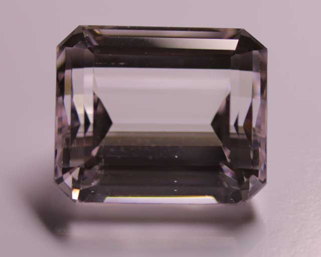 Kunzite (Spodumene) - Rectangle - 22.440 ct