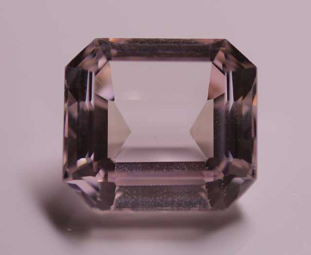 Kunzite (Spodumene) - Rectangle - 8.842 ct