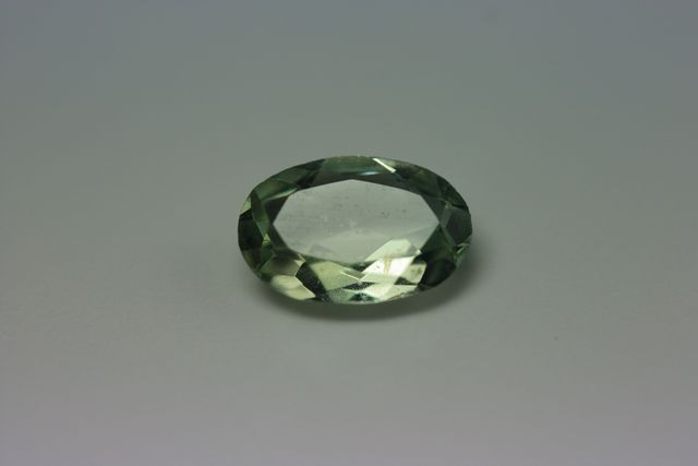 Green beryl - Oval 0.855 ct