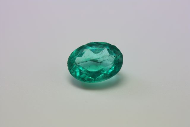 Apatite - Oval 1.755 ct