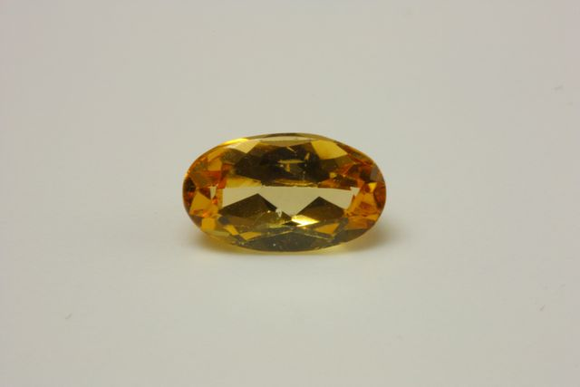 Imperial topaz - Oval 0.88 ct