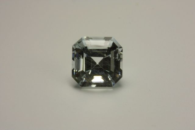 Topaze - Carré 3.645 ct