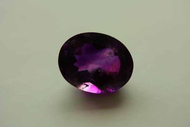 Amethyst - Oval 3.475 ct