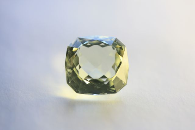 Orthose - Square 17.08 ct